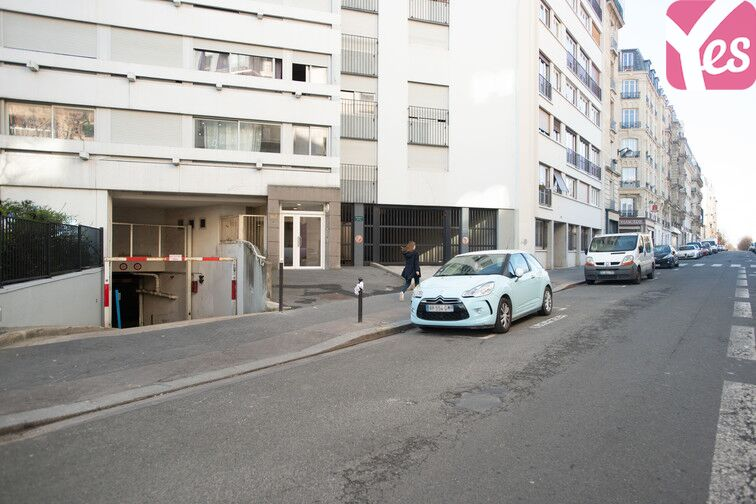 Parking Championnet - Damrémont 161 rue Championnet