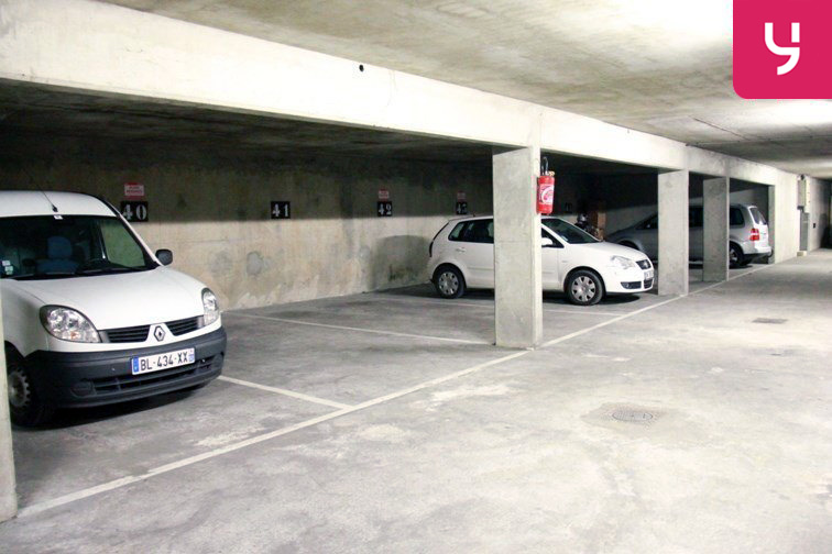 Parking Courbevoie - EDC location