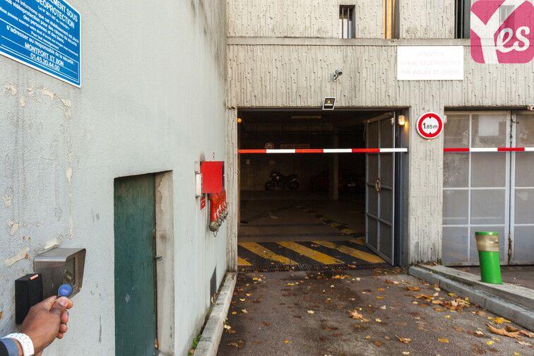 Parking Hippodrome de Saint-Cloud - Fouilleuse 13 avenue de Fouilleuse