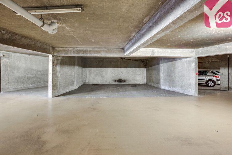 Parking Hippodrome de Saint-Cloud - Fouilleuse 24/24 7/7