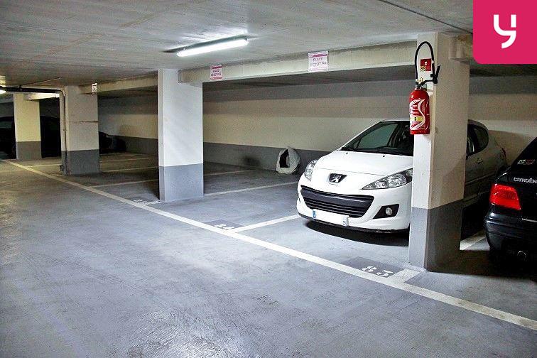 Les places Yespark sont facilement repérables à l'intérieur de ce parking