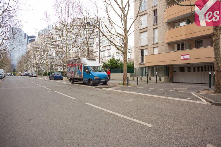 Parking Pesaro - Nanterre souterrain
