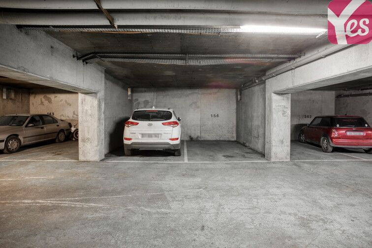 Parking Pesaro - Nanterre box