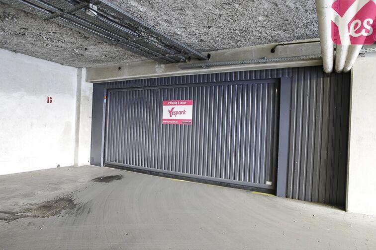 Parking Ecole de danse de l'Opéra de Paris - Nanterre à louer