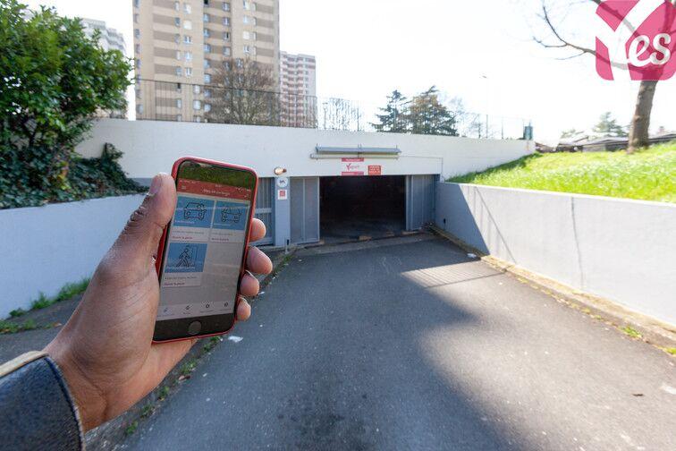 location parking Zilina - Nanterre