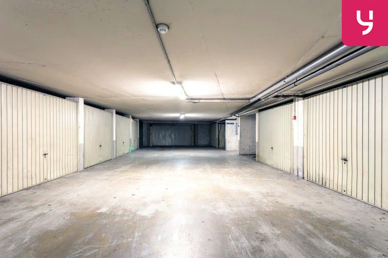 Parking Archives départementales - Lyon 3 (place double) 162 avenue Félix Faure