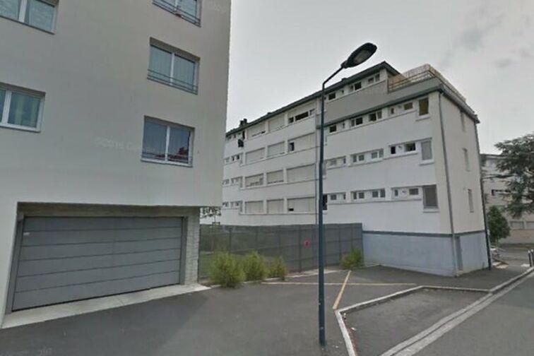 Parking Marguerite Legros - Angers garage