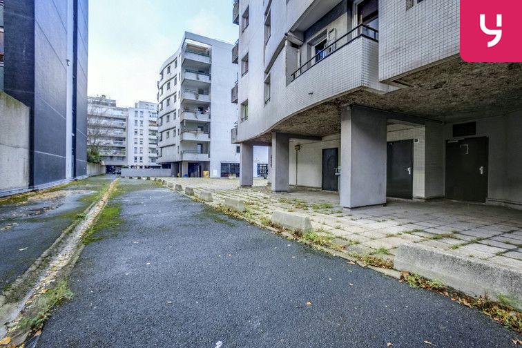 Parking Buttes Chaumont - Est 24/24 7/7