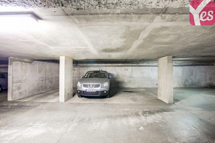 Parking Buttes Chaumont - Est location