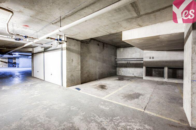 Parking Buttes Chaumont - Est garage