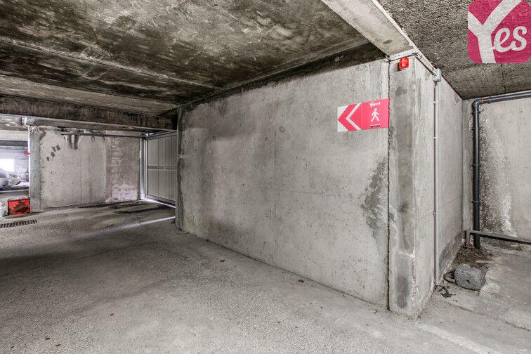 Parking Tour de la Commanderie - Nancy gardien