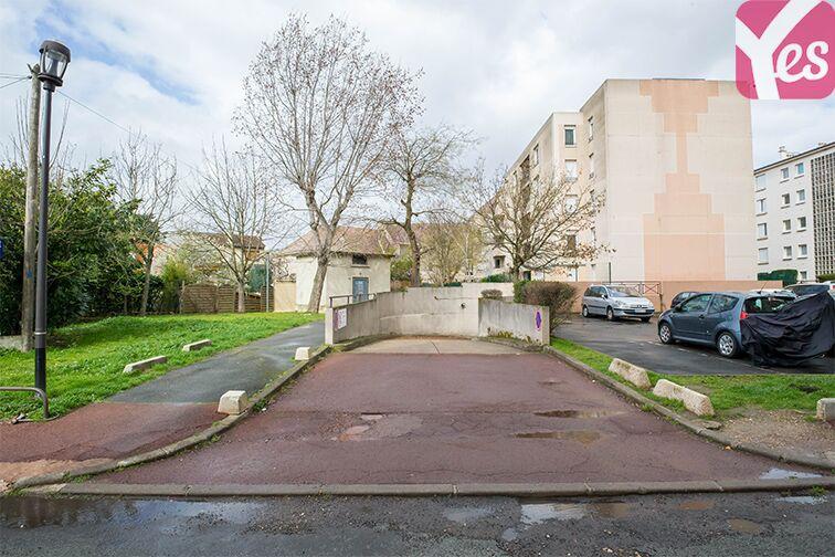 Parking Rueil-Malmaison RER à louer