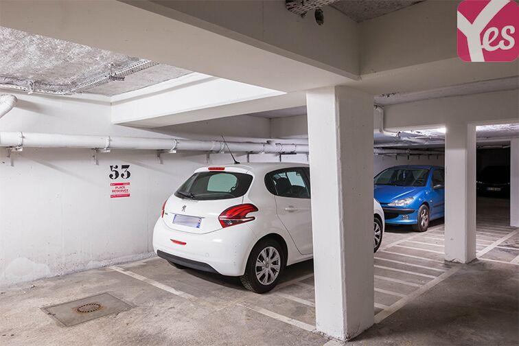 Parking Rueil-Malmaison RER location mensuelle
