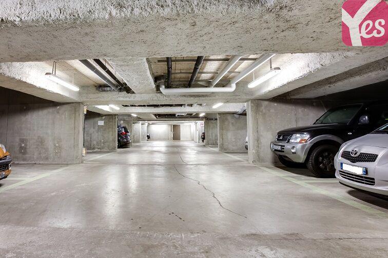 Parking Fort d'Issy-les-Moulineaux 92130