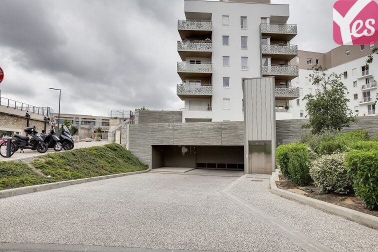 Parking Fort d'Issy-les-Moulineaux 74 promenade du Verger