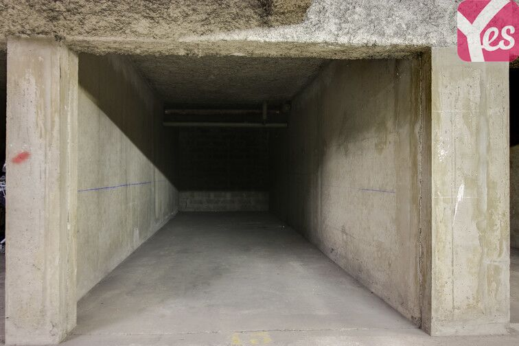 Parking Garibaldi - Berthelot - Lyon 24/24 7/7
