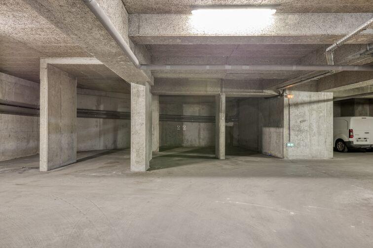 Parking Mairie Lyon 8 gardien