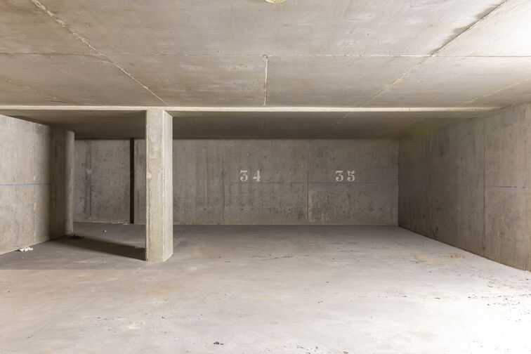 Parking Mairie Lyon 8 garage