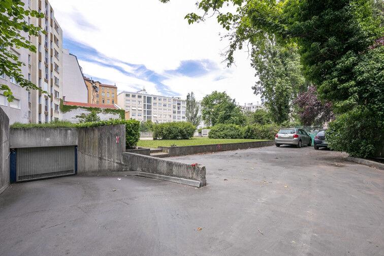 Parking Cours Emile Zola - Villeurbanne 24/24 7/7