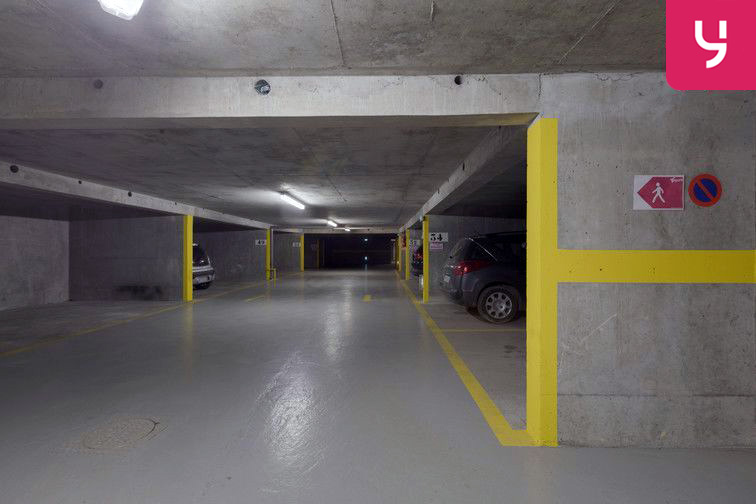 Parking Alésia (place moto) location
