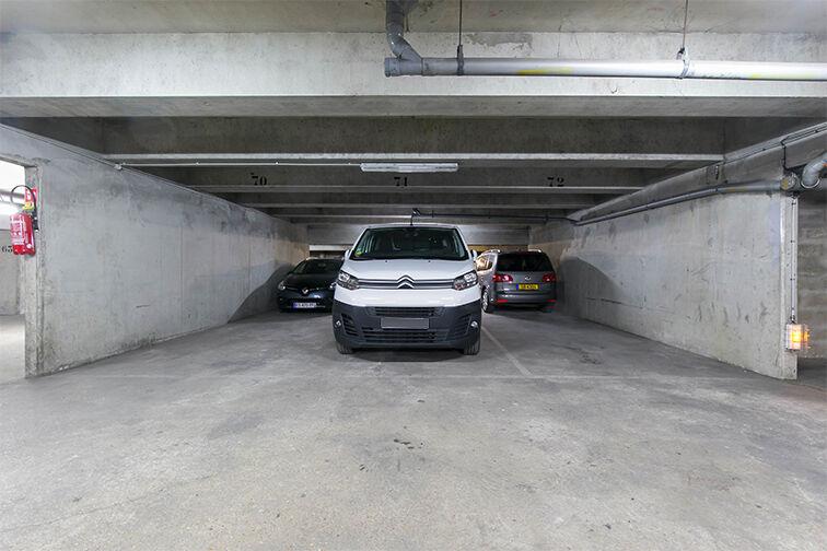 Parking Villa Saint-Ange - Porte de Saint-Ouen - Paris 17 sécurisé