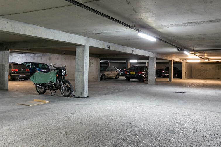 Parking Villa Saint-Ange - Porte de Saint-Ouen - Paris 17 avis