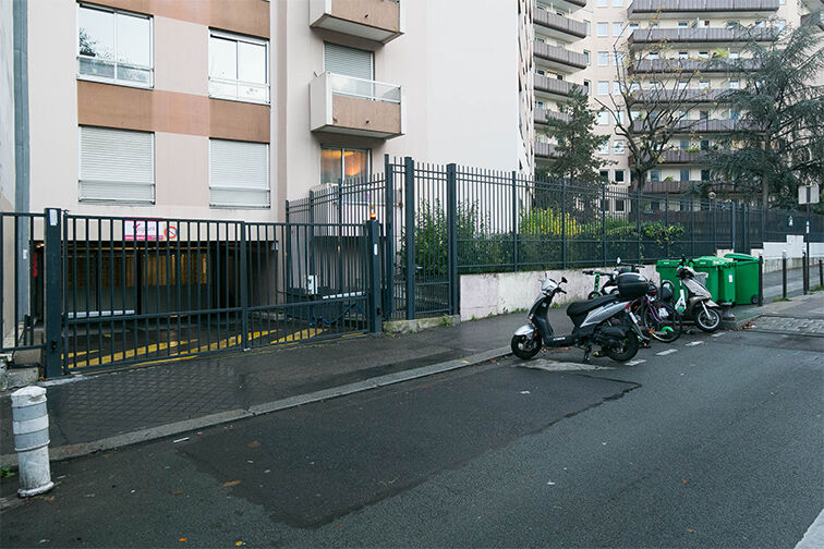 Parking Olympiades - rue Clisson - Paris 13 avis