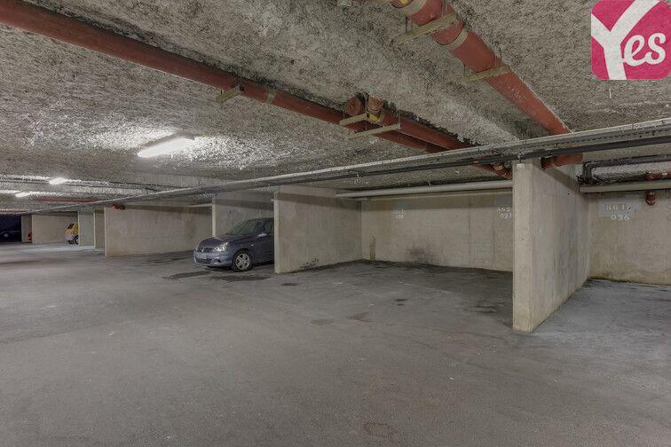 Parking Place de la Basse Mar - Nantes Nantes