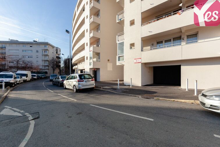 Parking Stade Jean Guimier - Nanterre - Aérien avis