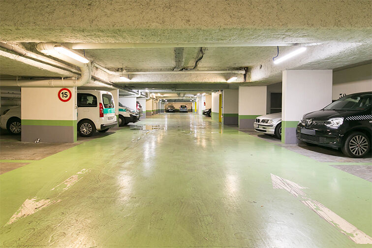 Parking Gare RER Issy - Issy-les-Moulineaux location