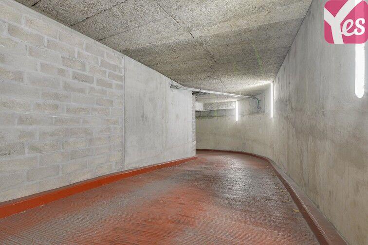 Parking Gare de Courbevoie - boulevard de la Mission Marchand souterrain