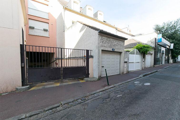 Parking Avenue Paul Doumer - Rueil-Malmaison à louer