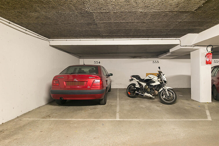 Parking Avenue Paul Doumer - Rueil-Malmaison 24/24 7/7