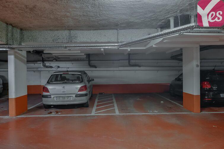 Parking Métro Pierre et Marie Curie sécurisé