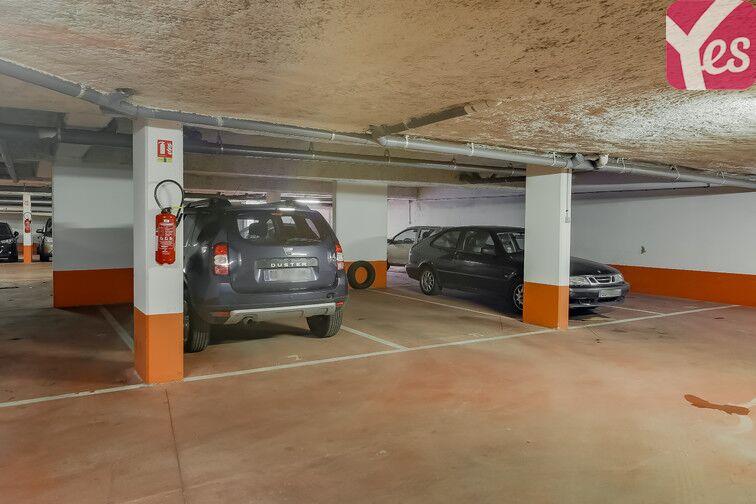 Parking Métro Pierre et Marie Curie location mensuelle