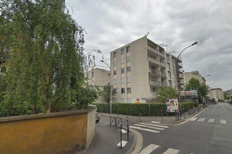 Parking Stade Edourd Clerville - Rue Marat - Ivry-sur-Seine gardien