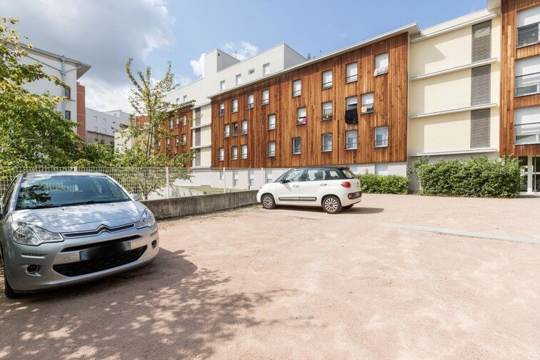Parking Stade Marcel-Michelin - extérieur avis