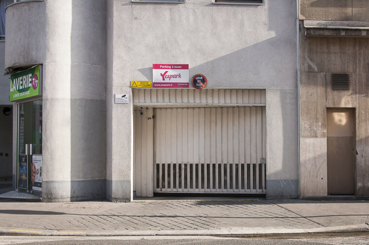 Parking Marcadet 75018