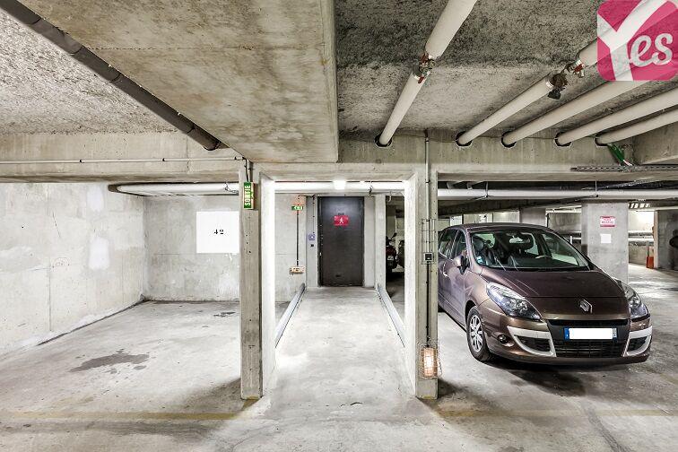 Parking Fontenay-aux-Roses - Pervenches - Val Content 123 rue Boucicaut