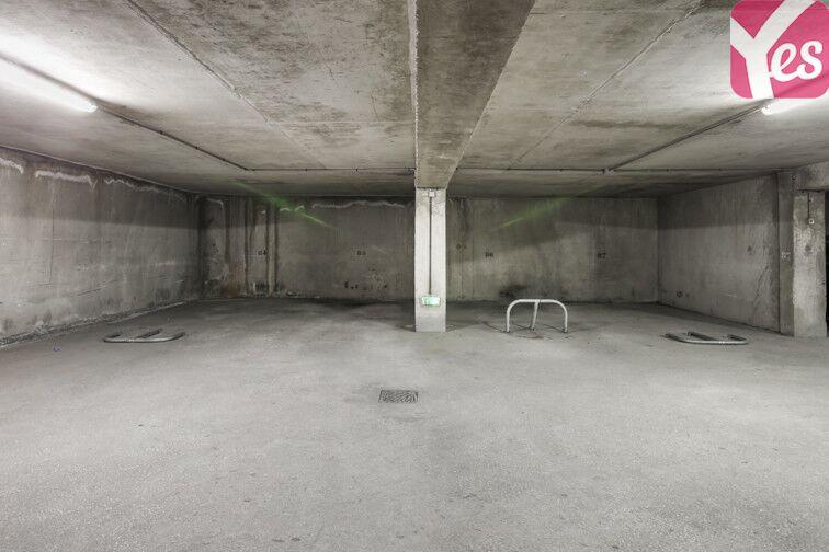 Parking Commissariat de police - La Rode - Toulon garage