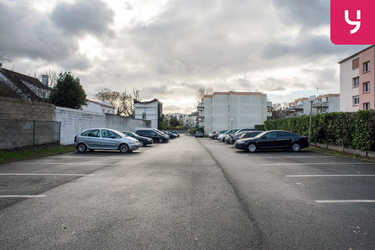 Parking Romain Rolland - Saint-Denis (place double) box