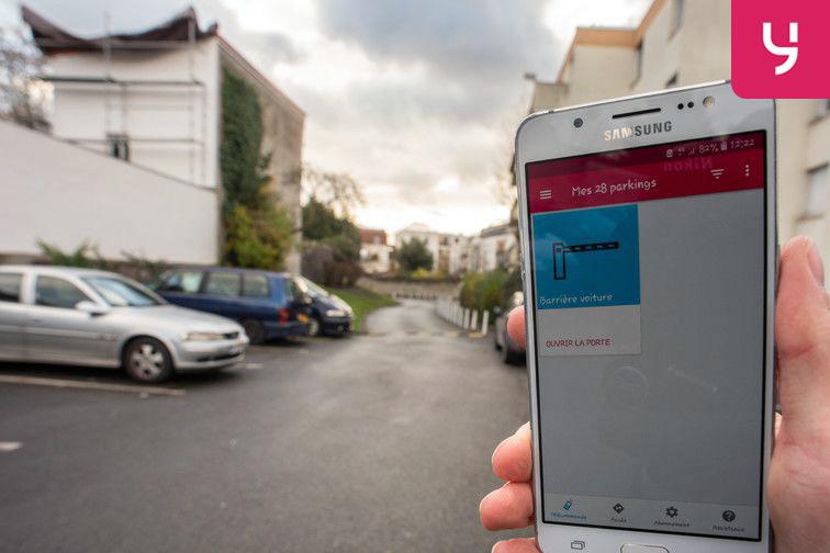 location parking Romain Rolland - Saint-Denis (place double)