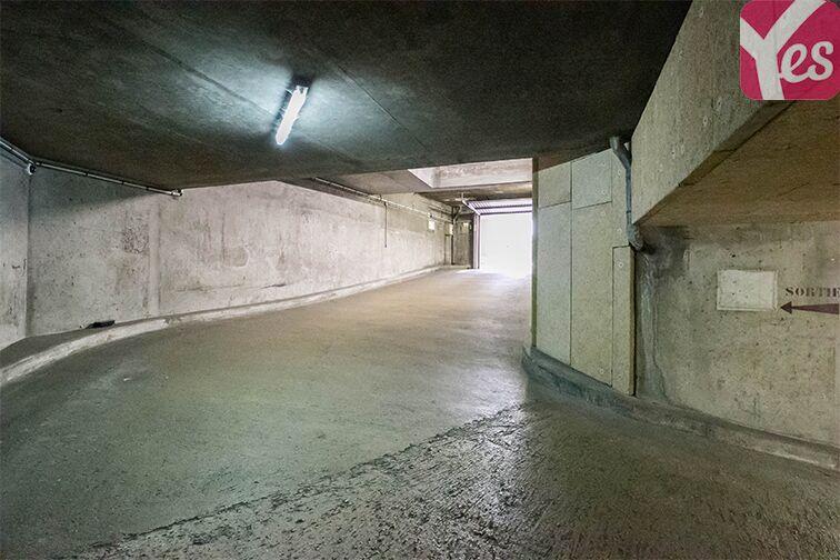 Parking Orly Ville RER souterrain