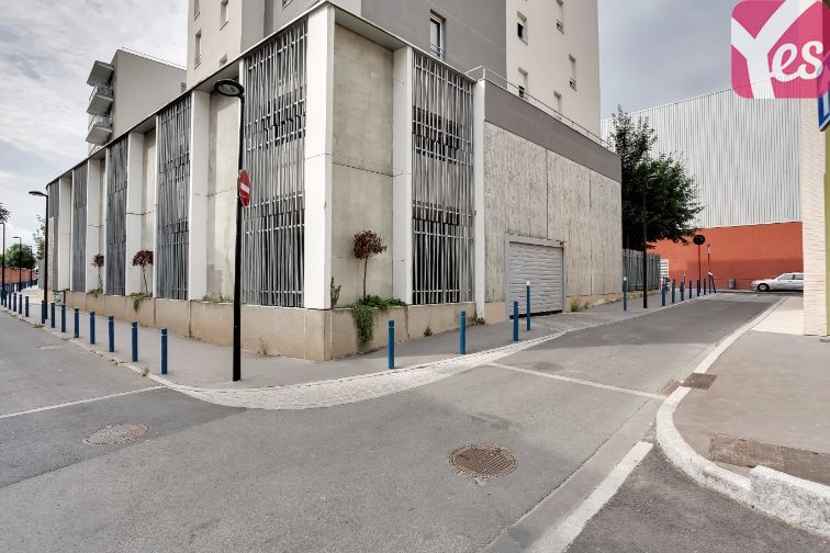 location parking Aubervilliers - rue du Port