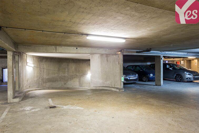 Parking Quai du Président Paul Doumer sécurisé