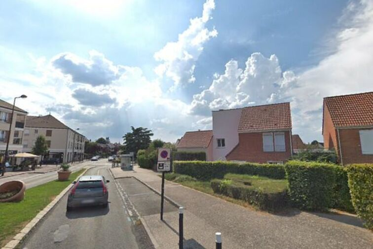 Location parking Edouard J Gignac - Voisins-le-Bretonneux