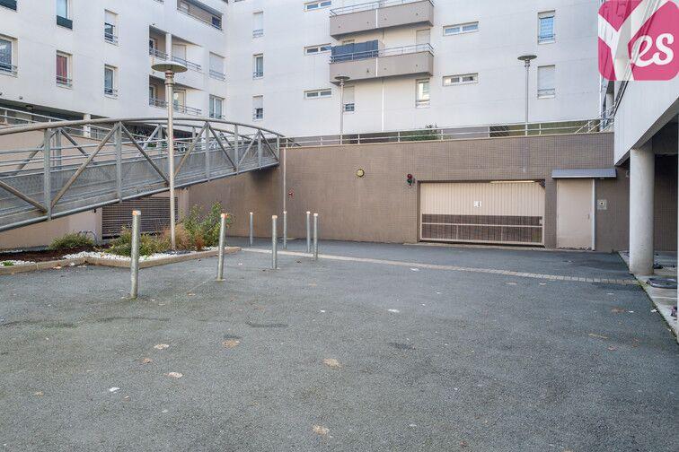 Parking Place Sadi Carnot - Limoges - Bâtiment C sécurisé