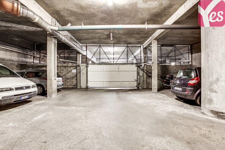 Parking Mairie de Châtillon to rent
