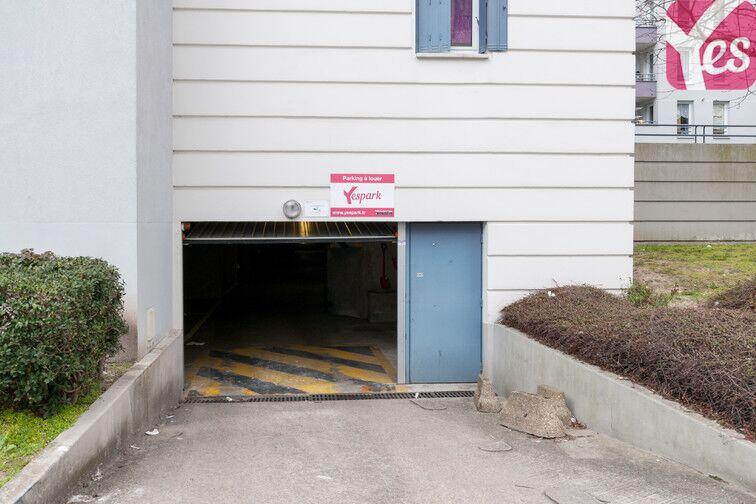 Parking Gymnase Victor Hugo - Gagny pas cher