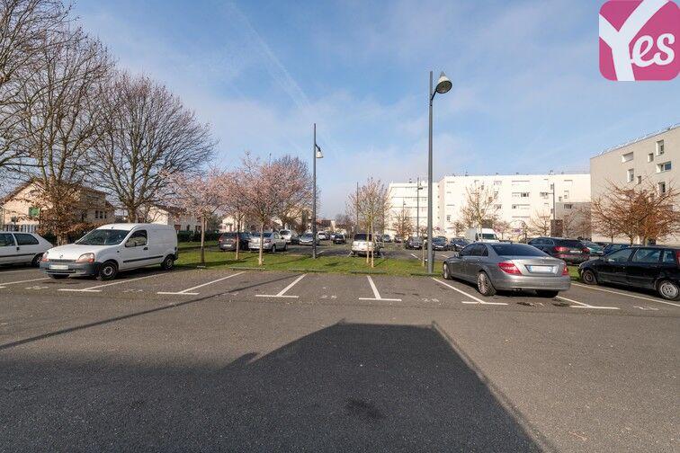 Parking Docteur Albert Calmette - Le Blanc-Mesnil Le Blanc-Mesnil